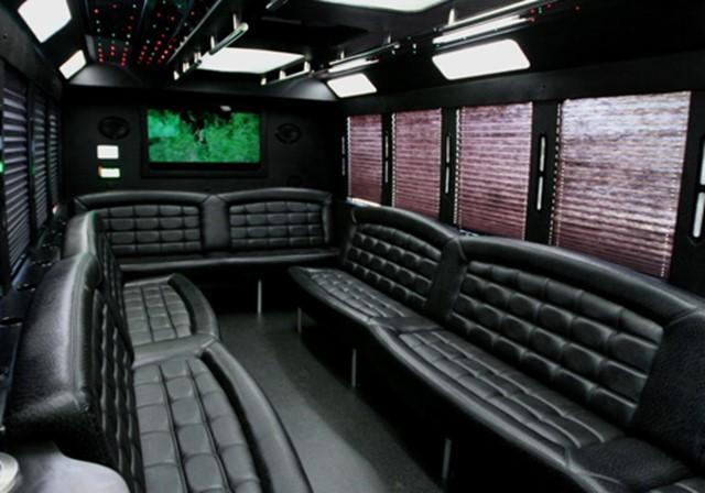 Thoroughbred Limousine